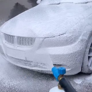 When the coverage is THAT good 😱 you know it's Super Snow Foam ❄️  Anyone else know how hard it is to snow foam and film at the same time? 😂 The struggle is real but you nailed it @reaper.e90 👌🏼  #cleanazfk #cleanaf #crazycleanculture #bmw #crazyclean #cleanfreaks #snowfoam #bmwgram #snowfoamwash #bmwnation #cleanfreak #snowfoamsunday #bmwlove #aussiemade #carcleaning #carwash #prewash #detailing #bmwlife #detailingaddicts #cleanaf